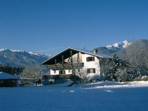 ferienhaus brixen skiurlaub in s dtirol. Black Bedroom Furniture Sets. Home Design Ideas