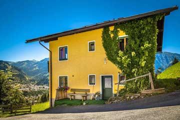 Seitenansicht Ferienhaus Pongau im Spätsommer 2013 (leider bei durchwachsenem Wetter)