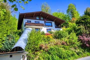 Ferienhaus Zell am See mit Sauna (Hausansicht Sommer)