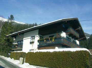 Ferienhaus Zillertalarena: Skiurlaub im Pinzgau