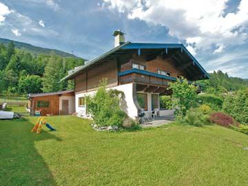 Ferienhaus Wildkogel (Hausansicht Sommer)