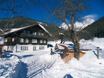 Winteridylle: weitere Hausansichten Ferienhaus Ramsau am Dachstein