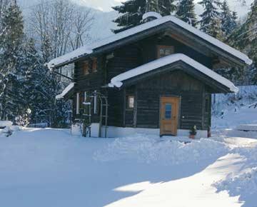 Skihütte Fügen für den Winterurlaub