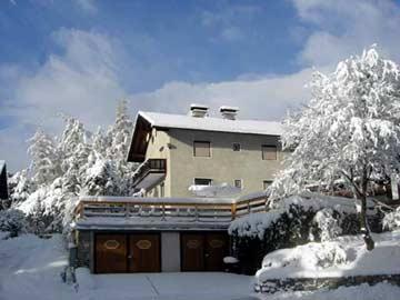 Skiurlaub in Tirol: Ferienhaus für 10 Personen mit vier Schlafzimmern - ideal für Familien und Erwachsene