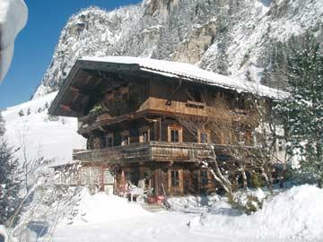 In ländlicher Idylle: wunderschöne Ferienwohnung Mayrhofen