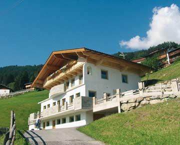 Appartement Aschau im Zillertal (Sommeransicht)