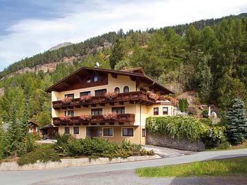 Ferienwohnung Sölden Österreich (Ansicht Sommer)