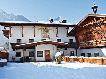 Komfortables Ferienhaus mit Infrarotkabine & 5 Schlafzimmern im Ötztal
