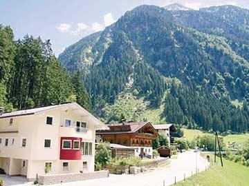 das Ferienhaus Ginzling bei Mayrhofen im Sommer