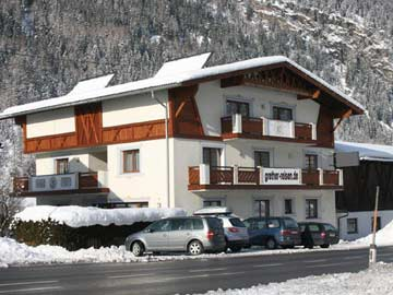 Ferienhaus Umhausen für Familien: 9 Schlafzimmer, alle mit DU/WC