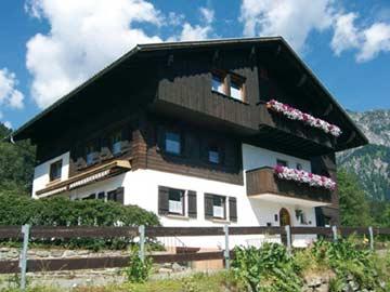 Ferienhaus Vandans - Hausansicht Sommer
