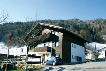 Ferienhaus Vandans Montafon - Das Haus im Winter