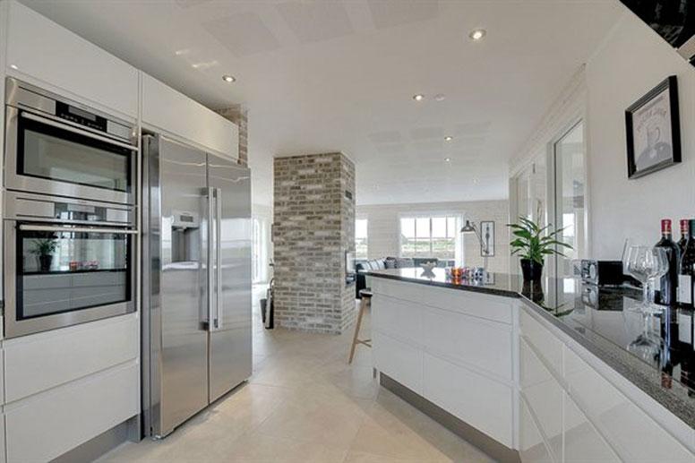 Exklusives Luxus-Ferienhaus Blavand mit Sauna nur 300 m vom Strand | {Moderne küchen mit halbinsel 17}
