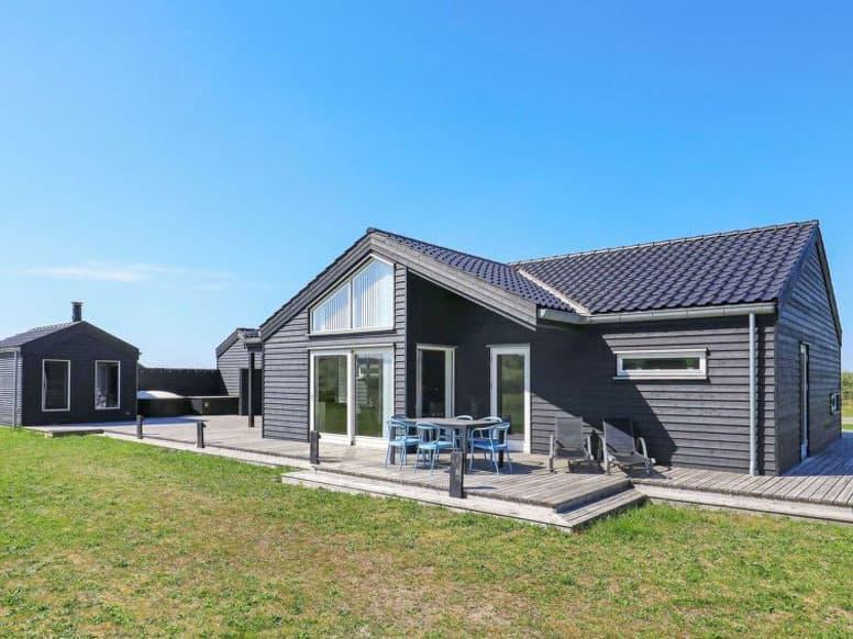 5-Sterne Ferienhaus mit Whirlpool, Sauna und Hotpot bei Brovst