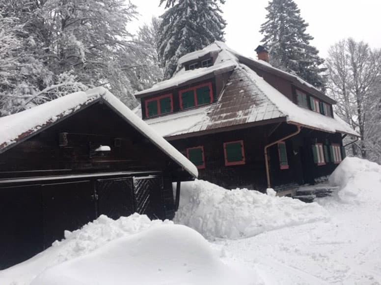 Rustikal, moderne Hütte mit Kamin am Feldberg
