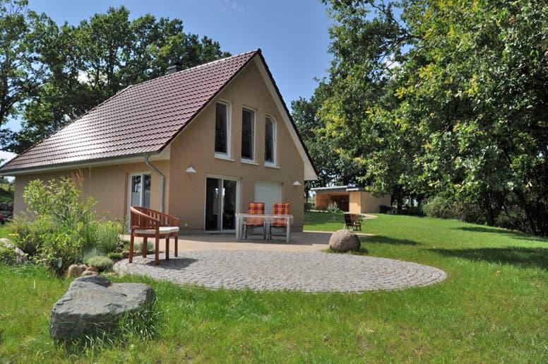 Komfortables Ferienhaus am Ellbogensee bei Wesenberg