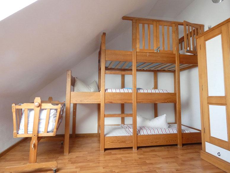 Ferienhaus neuerburg - Etagenbett 180x200 ...