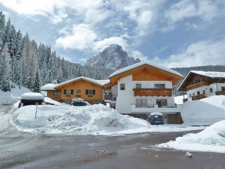 Ferienwohnung Wolkenstein - sie befindet sich im linken Anbau mit der Holzfassade