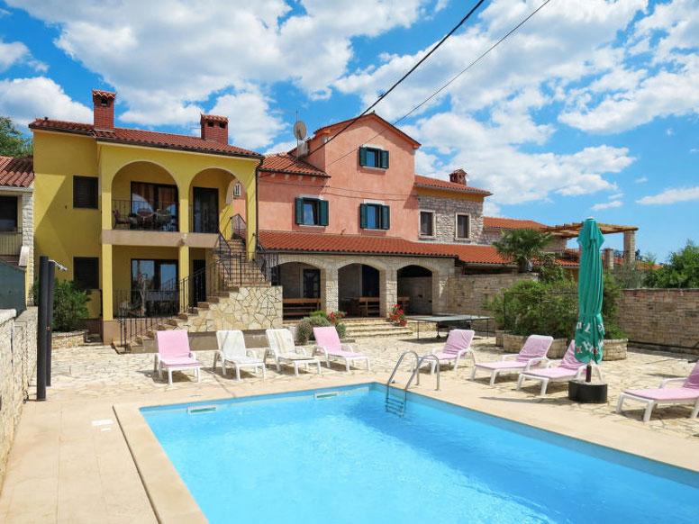 Ferienhaus bei Pula mit Pool, Whirlpool und Sauna