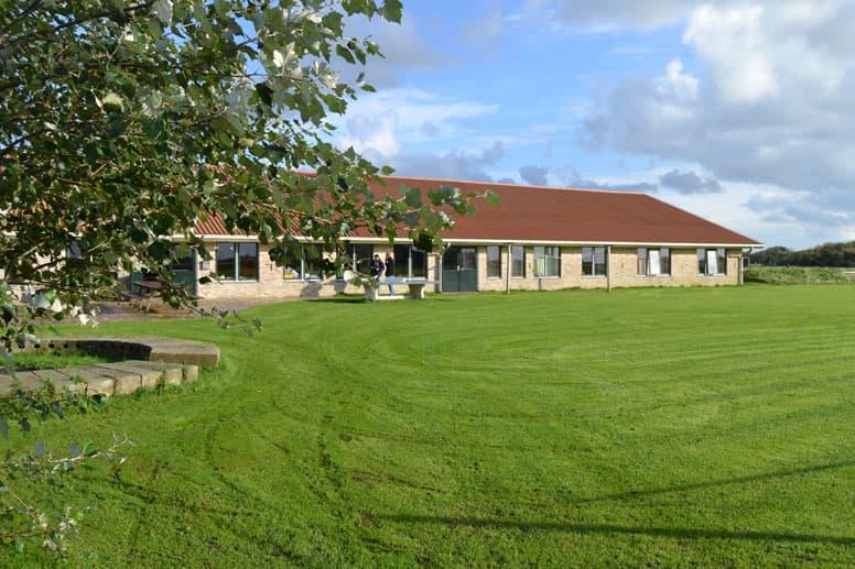 Gruppenhaus auf Texel mit großem Außengelände