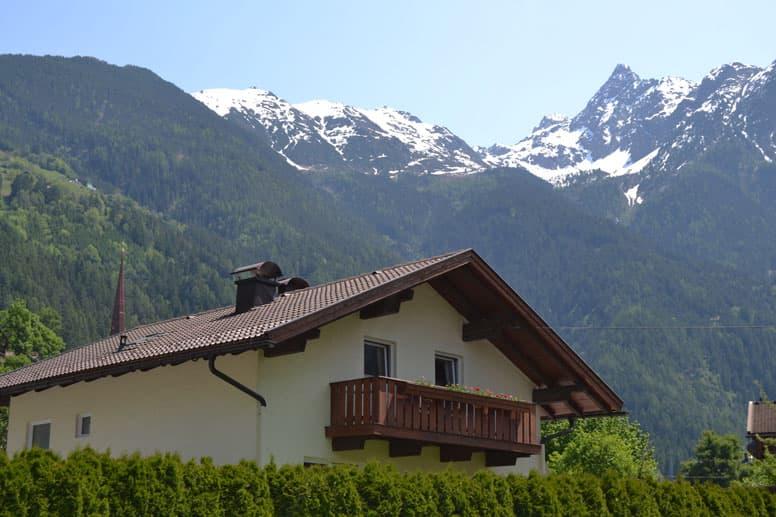 Landhaus Oetz im Sommer