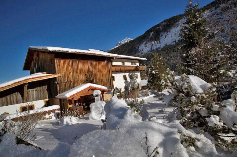 Familiär geführtes Ferienhaus mit 7 Schlafzimmern im Tiroler Lechtal