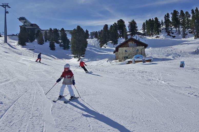 Selbstversorgerhütte Ötztal - unsere Skihütte in bester Pistenlage