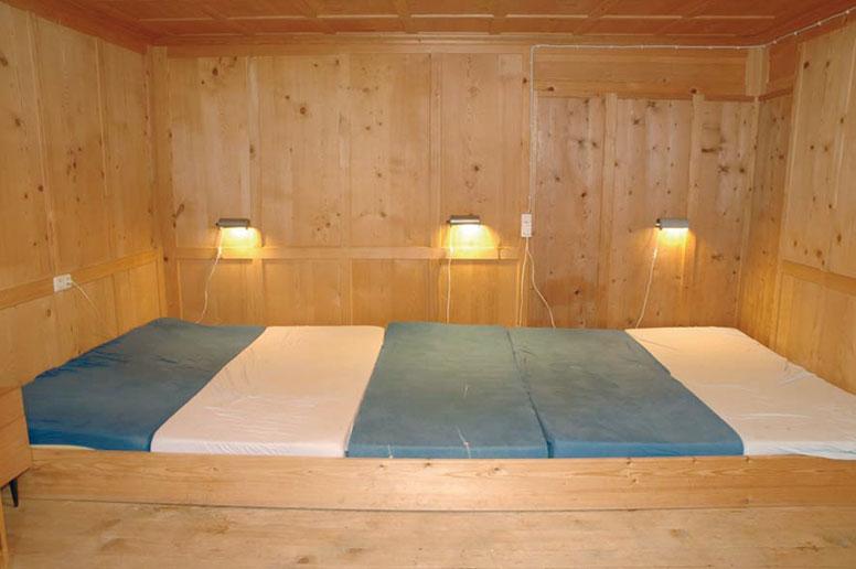 Matratzenlager  Ferienhaus Schröcken für 21 Personen