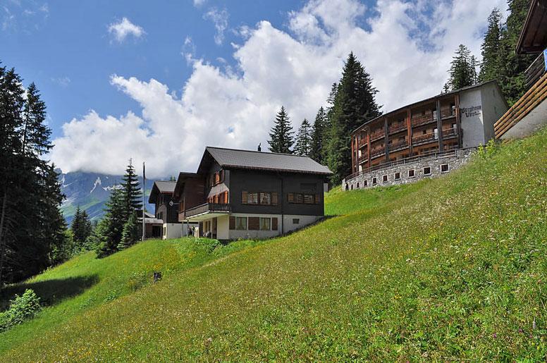 Berghütte Elm im Sommer