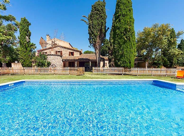Ferienhaus In Alleinlage Mit Pool