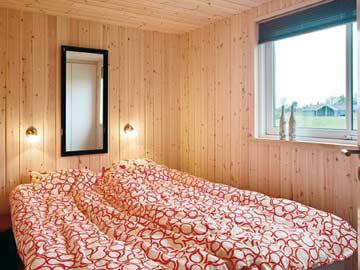 2-Bett-Zimmer mit Doppelbett