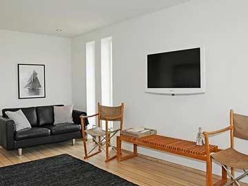 Wohnraum mit TV im EG