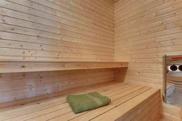 Sauna im Wellnessbereich EG