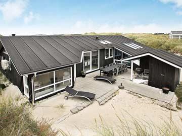 Ferienhaus in herrlicher Lage in den Dünen, nur 120 m zur Nordsee