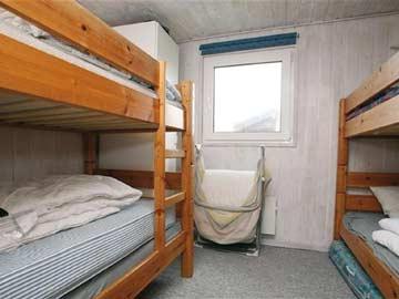4-Bett-Zimmer mit Etagenbetten