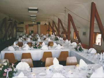 der großer Speiseraum für bis zu 70 Personen