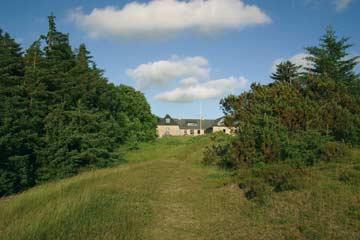 Gruppenhaus Farsö mit großem Außengelände