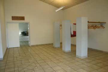 Vorraum zum Speiseraum mit Garderobe