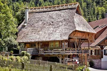 Denkmalgeschütztes 5-Sterne-Ferienhaus im schwarzwälder Kinzigtal