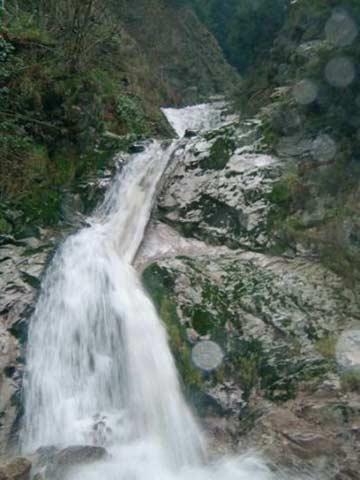 die Allerheiligen-Wasserfälle in der Nähe des Gruppenhauses