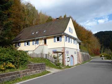 Gruppenhaus Ortenau von der Straße aus