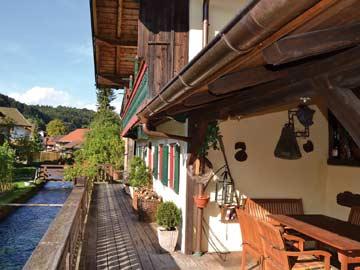 Terrasse am Ferienhaus bei Ruhpolding direkt an der Weißen Traun