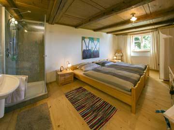 Doppelzimmer mit eigener Dusche