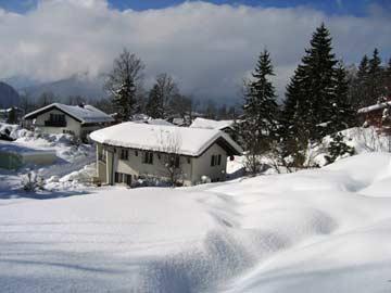 Weitere Außenansicht im Winter