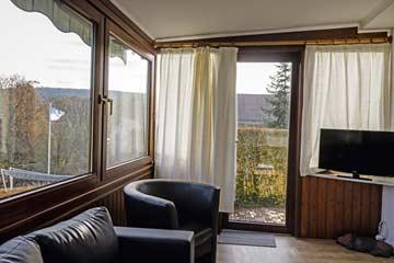 Wintergarten mit TV