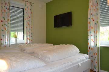 Blick in ein Schlafzimmer EG