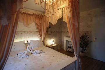 Romantisches Himmelbett