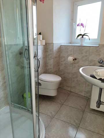 Badezimmer im Zwischengeschoss im Haupthaus