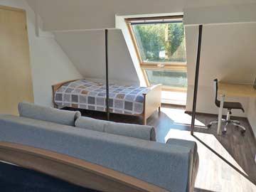 das 3-Bett-Zimmer in der Mansarde