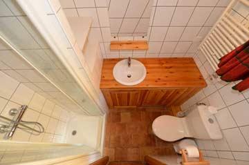 Badezimmer von Schlafzimmer 3, EG